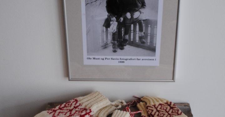 Strikkeoppskrift kopiert etter et Ellisif Wessel fotografi