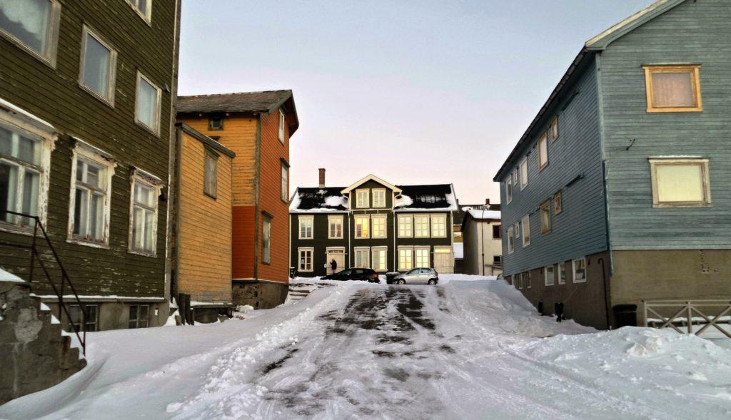 Østervågen i Vardø representerer et av de eldste bevarte sammenhengende bygningsmiljøene i Nord-Norge. Foto: Varanger museum.
