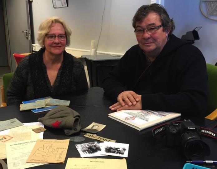 Claire Schwarts og Jaques Aubry på besøk ved Grenselandmuseet. Foto: Camilla Carlsen, Varanger museum.